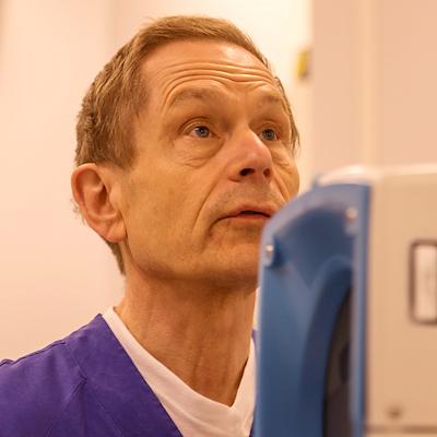 Johan Kärrholm, professor och överläkare i ortopedi