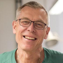 Lars Kölby, professor och överläkare i plastikkirurgi, vid Sahlgrenska akademin